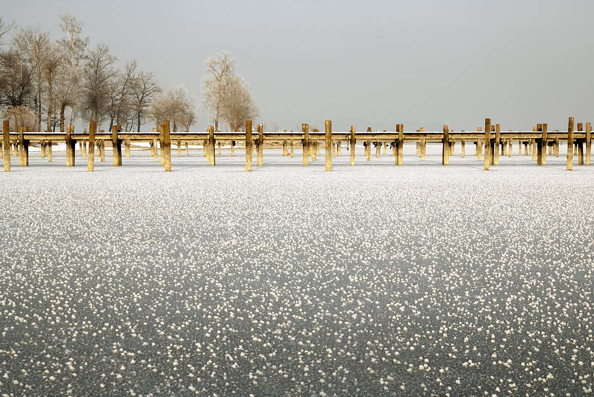 20060201_chiemsee_frozen